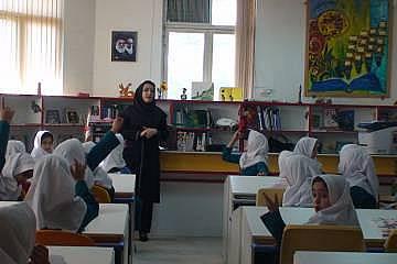 احتمال بازگشایی مدارس از شهریور ماه
