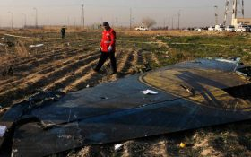 بازرسان کانادایی از محل سقوط هواپیمای اوکراینی در ایران بازدید کردند