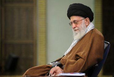 رهبر معظم انقلاب: دستگاههای دولتی و مجموعههای مردمی هرچه بیشتر به یاری مردم بشتابند