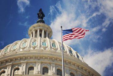 تصویب هر دو طرح کاهش اختیارات جنگی ترامپ