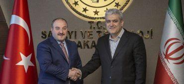 علم صنعت و فناوری زمینهساز وحدت و همکاری بیشتر ایران و ترکیه است