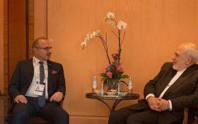 ظریف در جریان آخرین تصمیمات نشست شورای وزیران خارجه اتحادیه اروپا قرار گرفت