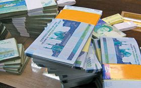 نرخ غیر رسمی سودهای سپرده بانکی کم شد