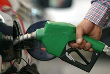 مصرف بنزین کشور ۲۲ میلیون لیتر کاهش یافت