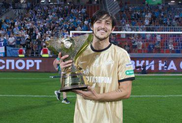 سردار آزمون پرافتخارترین فوتبالیست ایرانی در اروپا