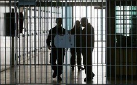 تمام زندانیان فقیر با بدهی کم  تا پایان هفته آزاد میشوند